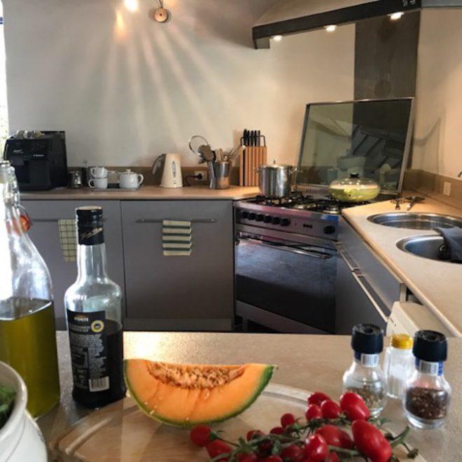 Küche 1 // erweiterter Wohnbereich